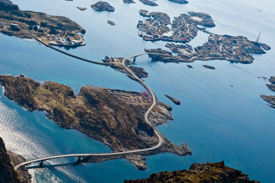 10norways-atlantic-ocean-road
