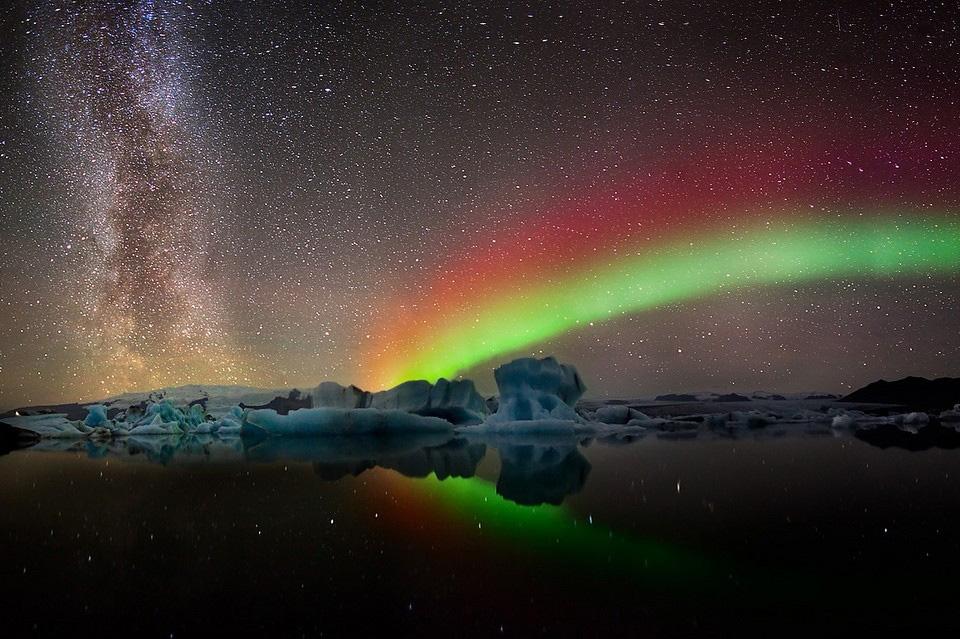 13colors-of-aurora-borealis