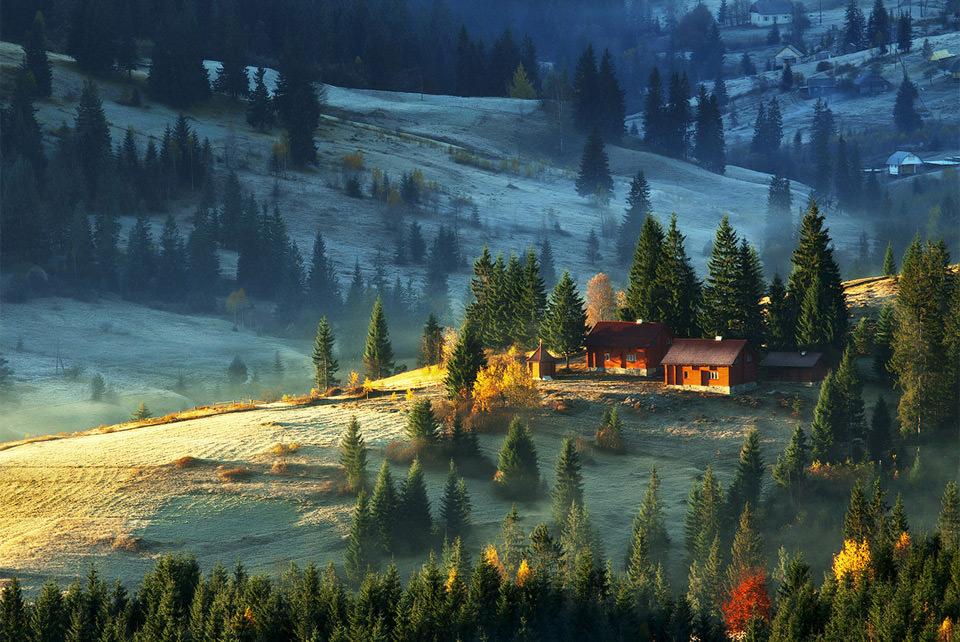 the-farm-on-carpathian-mountains